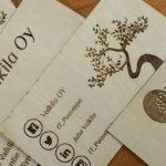 Puisia käyntikortteja